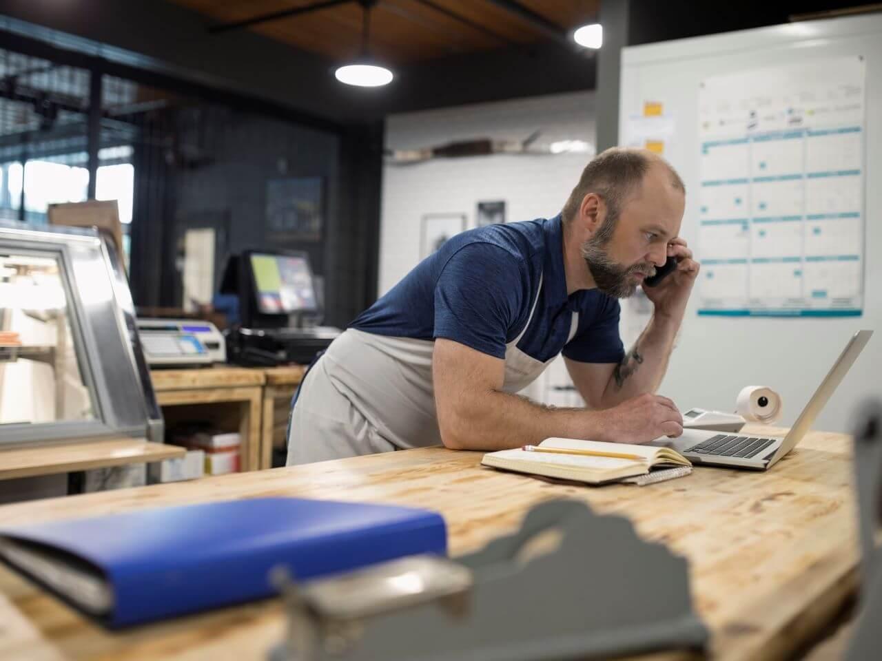 Мелкий бизнес начал менять бухгалтеров на аутсорсеров